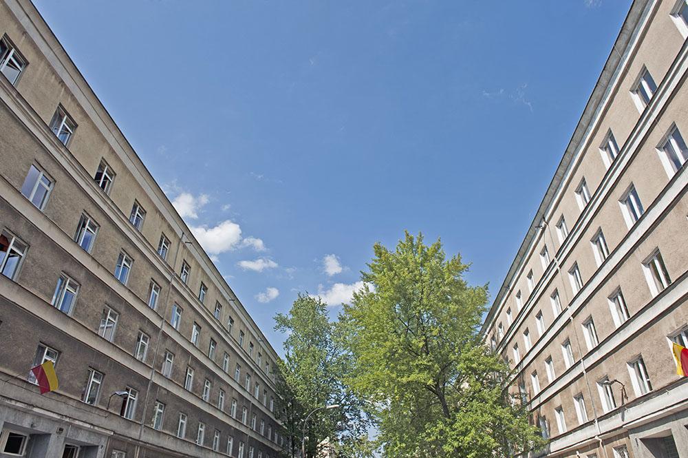 Dwa budynki akademika, ul. Kickiego 9 i 12