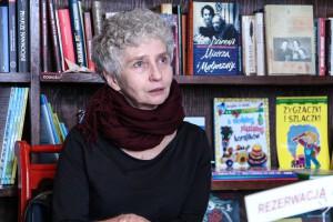 Na zdjęciu dr Agnieszka Umeda-Żuławska, tłumaczka haiku i poetka.